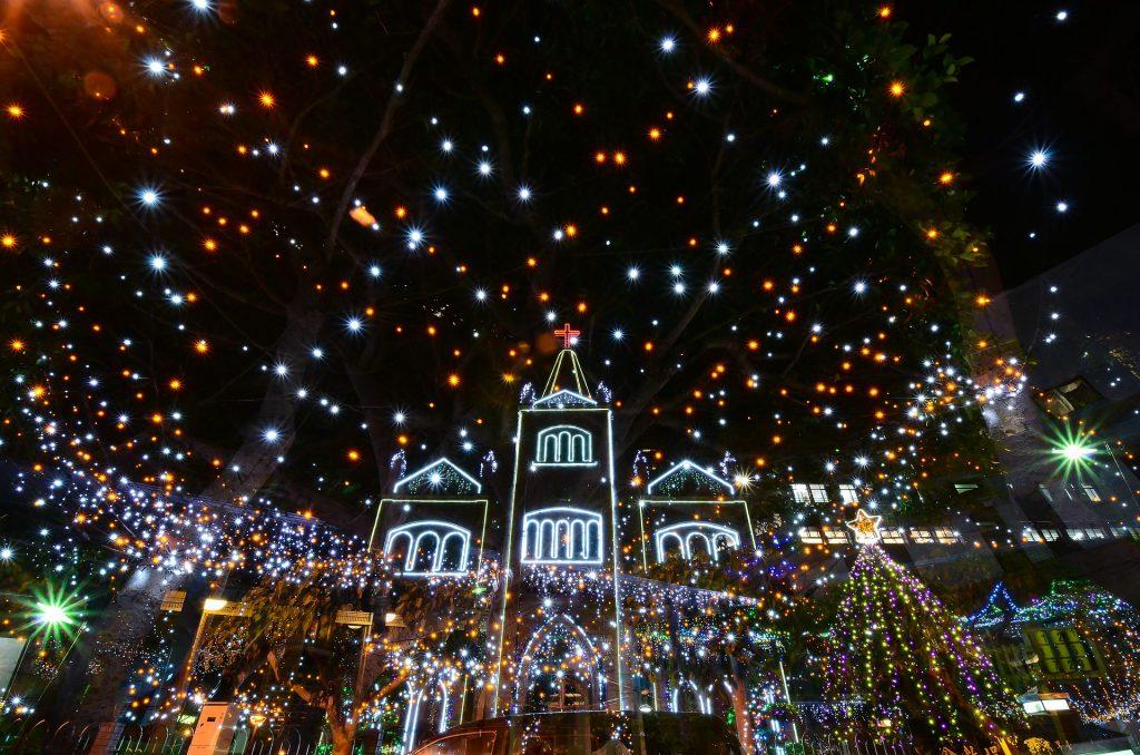 Una notte con mille luci - Buon Natale da Wein-Plus Italia e tutto il team di Wein-Plus
