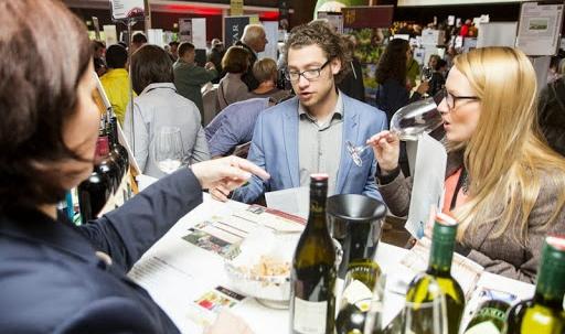 Marketing per espositori perchè Wein-Plus conosce la comunità che ama i vini buoni
