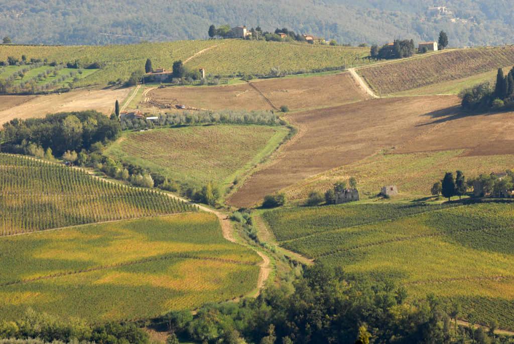 In foto il paesagio del Chianti con la Fattoria di Grignano a Pontassieve. Foto per l'articolo Best of Chianti 2018
