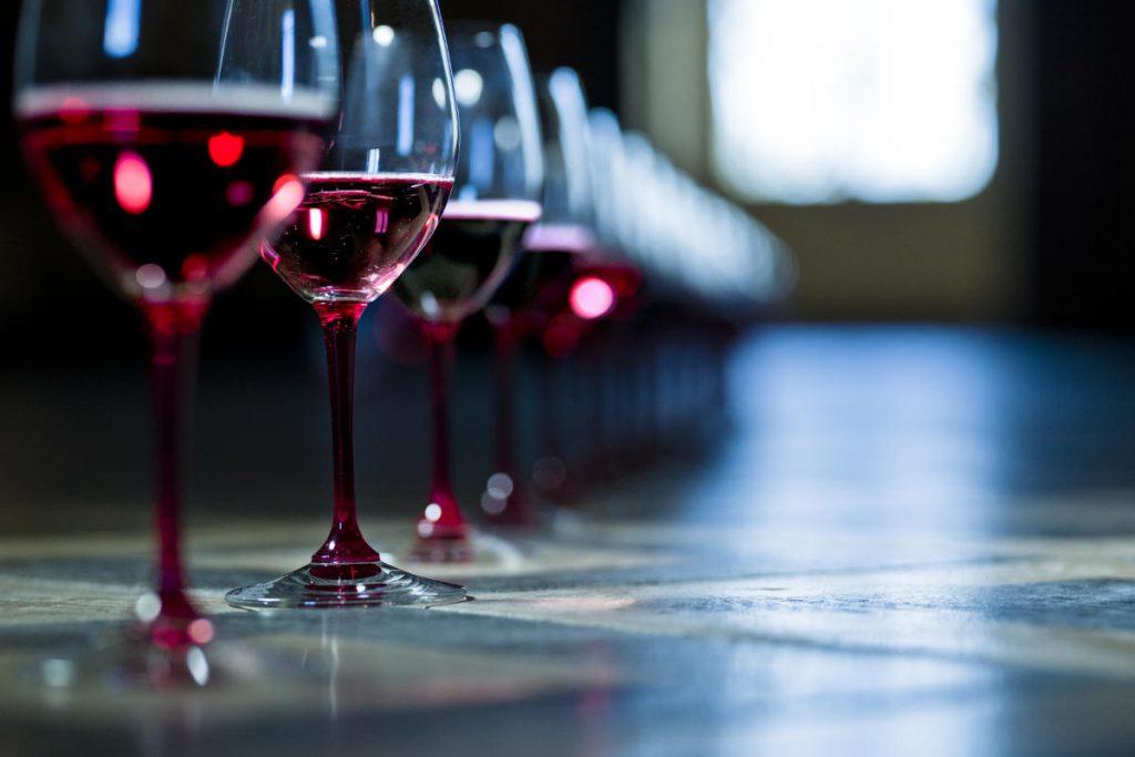 Il vino che brilla nei bicchieri. Wein-Plus Best of Lambrusco 2018. Foto: Consorzio Lambruschi Modenesi, Carlo Guttadauro