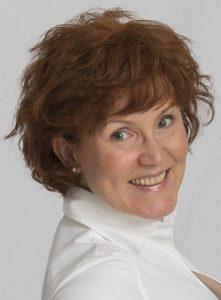 Katrin Walter, copywriter tedesca e traduttrice italiano-tedesco. Presso Wein-Plus si occupa del marketing, della comunicazione e redazione Italia.
