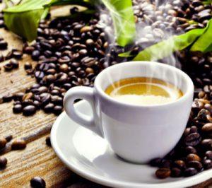Un buon caffè e relax viene offerto allo stand del network del vino Wein-Plus al Prowein 2019. Wein-Plus Italia
