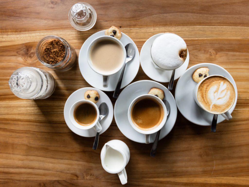 Al ProWein 2018 Wein-Plus offre con il suo caffè bar diverse versioni del caffè un buon colloquio sul markting del vino. per Italia contatta katrin.walter@wein-plus.eu