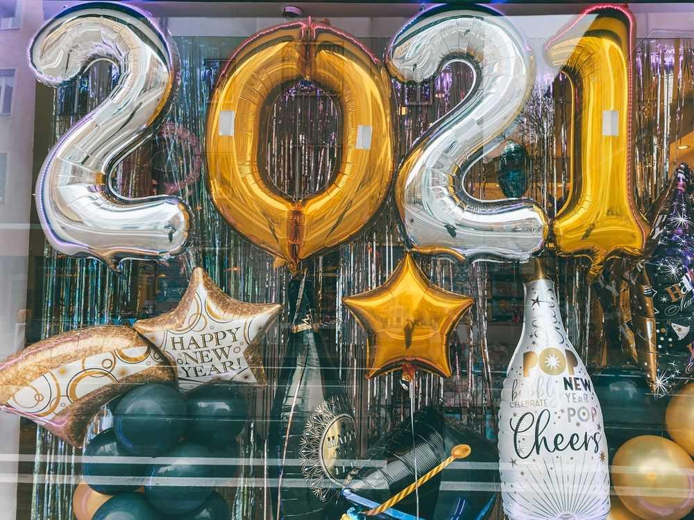 Buon anno 2021 con wein.plus brindi al nuovo anno con i migliori spumanti degustati durante il 2020