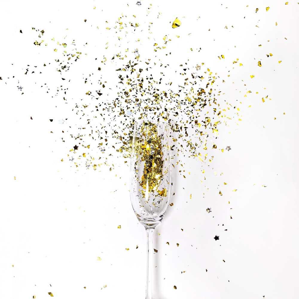 Buon anno con e a tutti i migliori spumanti da tutto il team di wein.plus