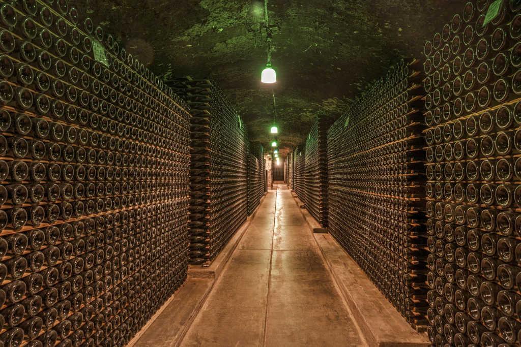Alla guida di Wein-Plus puoi inviare campioni quando sono realmente pronti perché Wein-Plus degusta ogni giorno feriale.